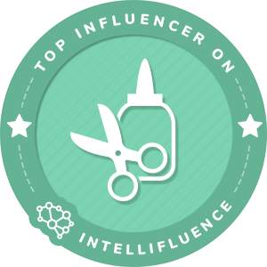 Kelly Dixon Top Arts & Crafts Influencer Badge