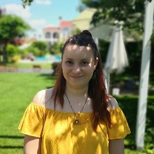 Temi Panayotova profile photo