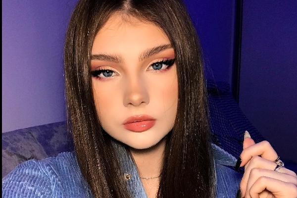 Iryna Vasylieva is an influencer