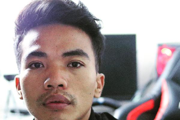 Wayan Sunarta is an influencer